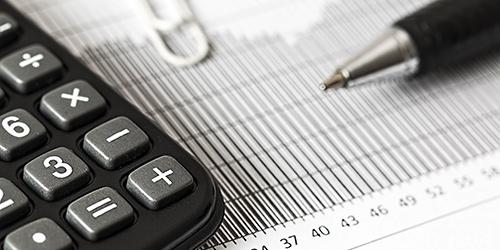 飲食店の粗利益率はどのように計算すればいいのでしょうか?